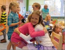Lapsed teavad väga hästi, et tülisid saab ära hoida ise hea ja järeleandlik olles.