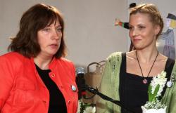 2013. aasta Keeleteo laureaadid Reili Argus ja Cattre Hein. Foto: HTM