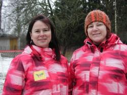 Õuelasteaedadel on ka Eestis tulevikku, usuvad Muuga õuelastehoiu eestvedajad Marjet Salmar ja Tiina Sinimaa. Foto: Tiina Vapper