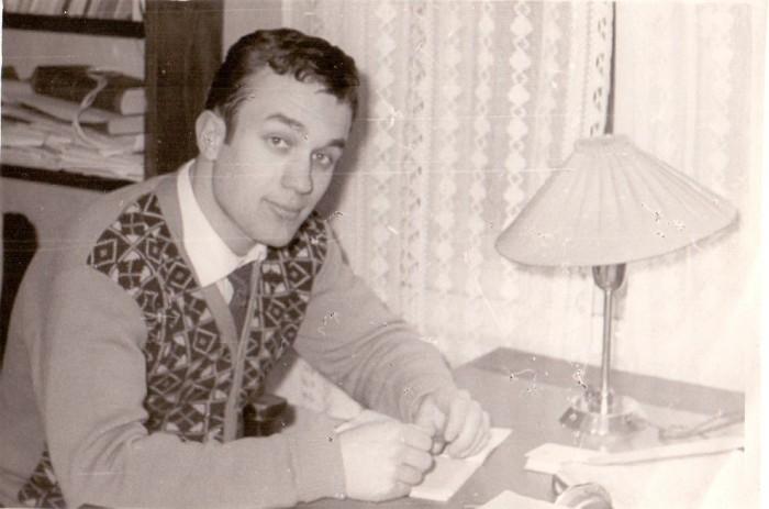 Psühhiaater Jüri O.-M. Ennet Tartu riikliku ülikooli arstiteaduskonna esimese kursuse üliõpilasena 1961. aastal.