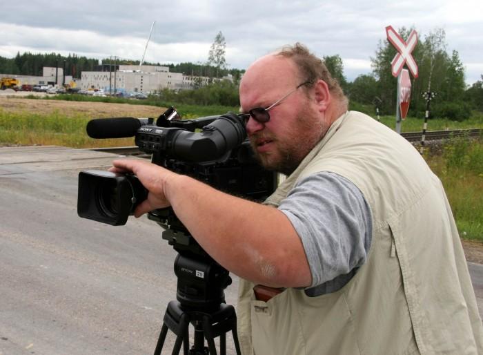 Aastakümneid kaamera ees ja taga seisnud ajakirjanik Ago Gaškov meenutab mitut möödunud sajandil presidentidega juhtunud lõbusat lugu.