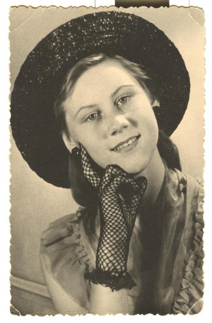 Pildil on Heidy Tamme 14-aastane tütarlaps ja kannab perekonnanime Laanemäe.