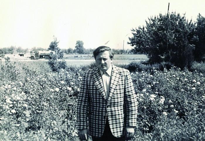 Tunnustatud lastearst Adik Levin (fotol umbes 30-aastane) peab seitset aastat, mil ta Kasahstanis elas ja töötas, elu kõige meeldejäävamateks. Arstiks sai ta enda kinnitusel just seal.