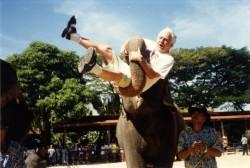 Vello Lind Tai elevandi londi otsas. Fotod: erakogu