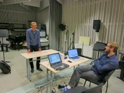 Tarmo Johannes (vasakul) ja Tammo Sumera proovis EMTA stuudios. Foto: Anne-Mai Edala