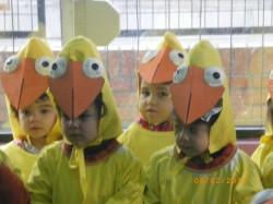 Veebruaris toimub koolis karneval, kus igal klassil on oluline kokkulepitud osa. 2013. aasta teema oli raamatukangelased. Ursula klass luges raamatut ühes tibust, koos õpetajaga valmistati kostüümid, mille puhul kasutati palju taaskasutatavat materjali.