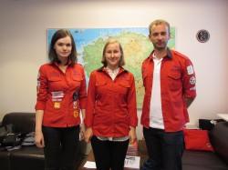 Tallinna õpilasmaleva staabi liikmed (vasakult): Kristiina Herkül, Kadi Mitt ja malevajuht Ott Väli. Foto: Tiina Vapper