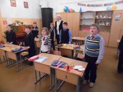 Petseri lingvistilises gümnaasiumis lauldi koos ka eesti laule. Foto: Vally Tamm
