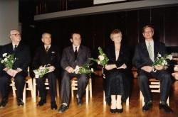 Viis Tartu Tamme gümnaasiumi direktorit   kooli juubelil aastal 2004:  Kaarel Kotsar, Erich Luht, Jüri Vene, Helve   Raik ja Kaupo Järviste.