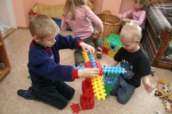 Lasteaias on nüüd seaduses sätestatud täiskasvanu ja laste suhtarvud.