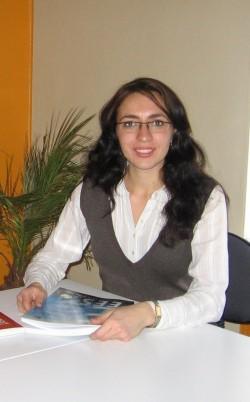 2 Elina Peial