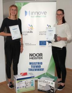 Parim rätsep 2016. Esikoht Mari-Liis Tamm (vasakul) ja teine koht Mari-Helen Saarna.