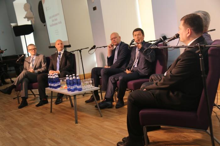 Pressikonverentsil anti teada, et Tallinnasse tuleb uus riigigümnaasium ja GAG saab uue algklassihoone.