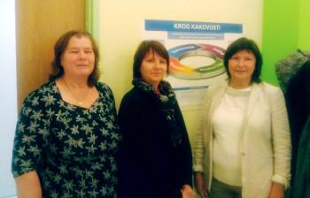 Meeli Kaldma, Marge Kroonmäe ja Lea Orro Sloveenia kutsehariduse instituudis (CPI), kus nõustatakse koolide õppekavade arendamist. Fotod: erakogu