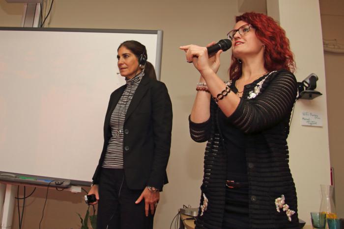 Mariann Rikka (paremal) haridusministeeriumist juhatab sisse Anna Marie DiPasquale'i ettekande. Foto: Raivo Juurak