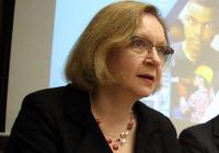 Värske haridusminister Maris Lauri oma    esimesel pressikonverentsil Tõnismäel. Foto: Raivo Juurak
