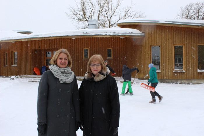 Rakvere eragümnaasiumi asutaja ja direktor Anne Nõgu ning Rakvere abilinnapea Kairit Pihlak. Foto: HTM