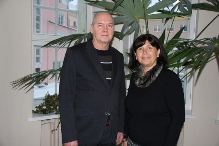 Võru linnavalitsuse haridusosakonna juhataja Peep Poltimäe ja Krabi kooli juht Ale Sprenk. Foto: HTM