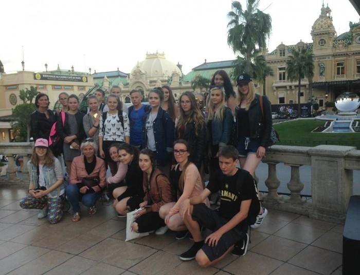 Tartu Descartes'i kooli õpilased Monacos. Foto: erakogu