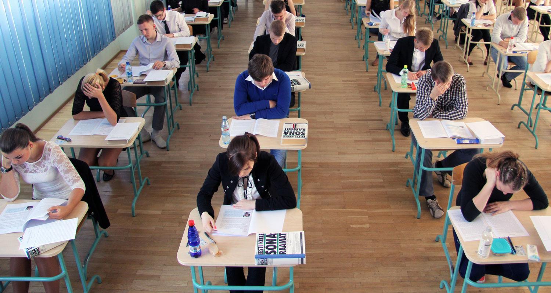 f5a9f38c163 Suurim mure pole täna riigieksam, vaid see, mis toimub koolis iga päev –  õpilane saab rahuldavaid hindeid üha väiksema pingutusega kätte.