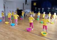 Lapsed saavad lasteaiast kaasa teadmise, et sportida on nii meeldiv kui ka kasulik. Fotod: Paide lasteaed
