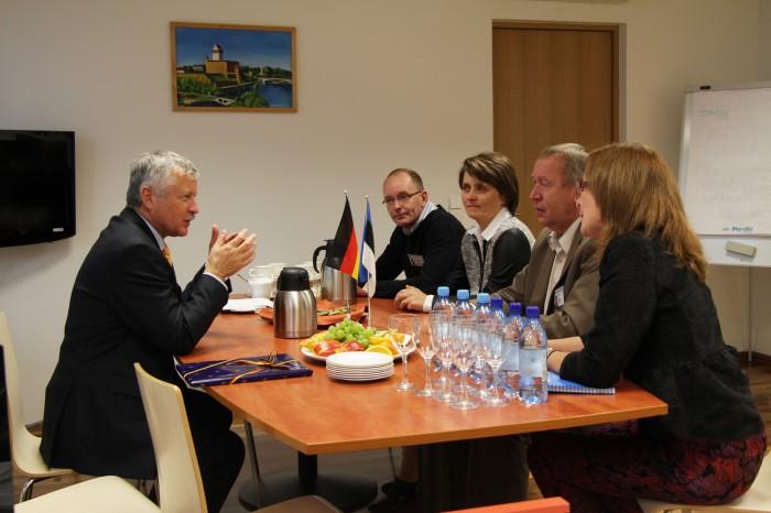 Saksa suursaadik Narva Kutseõppekeskuses. Foto: Marie Sokolova