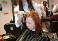"""IVKHK juuksuriõpilane Alla Vertuhhina: """"Töötasin peaga ega näinud tulemust. Praegu töötan kätega ja näen, mis välja tuleb. See teeb mu õnnelikuks."""""""