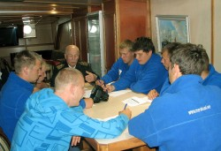 Merekooli tulevased laevaohvitserid loengul purjelaeva Krusenstern muuseumiklassis. Fotod: Eesti merekooli arhiiv