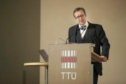 President Toomas Hendrik Ilvese humoorikat tervituskõnet konverentsil kuulati suure huviga. Fotod: TTÜ