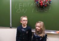 """""""Leiutamine on tore,"""" arvavad Tallinna prantsuse lütseumi õpilased Hugo Sebastian ja Marie Simone Raudam. Foto: Sirje Pärismaa"""