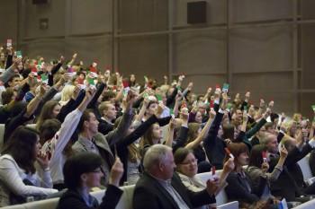 """Võistlus """"Jugend debattiert international"""" Varssavis 2014. aastal."""