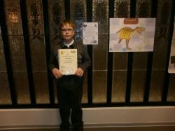 Paide ühisgümnaasiumi poiss Rainer Hints oli üks neist, kes möödunud laupäeval rahvusraamatukogus konkursil osalemise eest tunnustuse sai. foto: erakogu