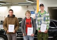 Võistluse võitjad (vasakult): Ivar Järve Järvamaa kutsehariduskeskusest (II koht), Janari Zirk Tartu kutsehariduskeskusest (I koht) ning Kevin Lepp Pärnumaa kutsehariduskeskusest (III koht). Foto: SA Innove